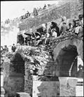 1900 07 01 Nîmes Course de taureaux  détail, un pan d'arène