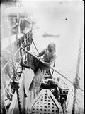 1899 04 Chine Shanghai escalade de Chinois à l'arrivée du vapeur de Tien Tsin