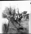1898 10 11 Chine Ming Yue Tien cavaliers et 4 étendards