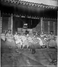 1898 10 Chine mari et la famille de Man