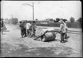 1899 05 Chine Pékin La première route macadamisée et le premier trolley à Pékin