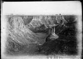 1898 11 Chine Kiang Tchoo, coupure dans le plateau de Loess