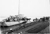 1899 02 Chine  Route de Houad Kong Fou à Houan Fou, débarquement