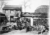 1899 01 Chine T'aé Yang Sue, entrée d'une fonderie (photo Feydel)