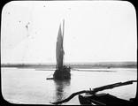 1899 01 Chine route de Houa Kong Fou à Houan Fou, barque sur le fleuve jaune (photo Feydel)