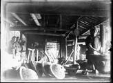 1899 03 Chine Fonderie de marmites à Han Yang  pilonage de la suie
