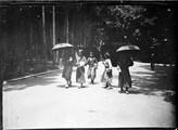 1899 06 Japon Tokyo Shiba park, groupe d'étudiants