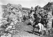 1897 08 27 Russie  descente de la Bermamyt notre caravane dans les rochers