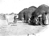 1897 09 18 Turkménistan Merv un aou - village fortifié - et ses habitants